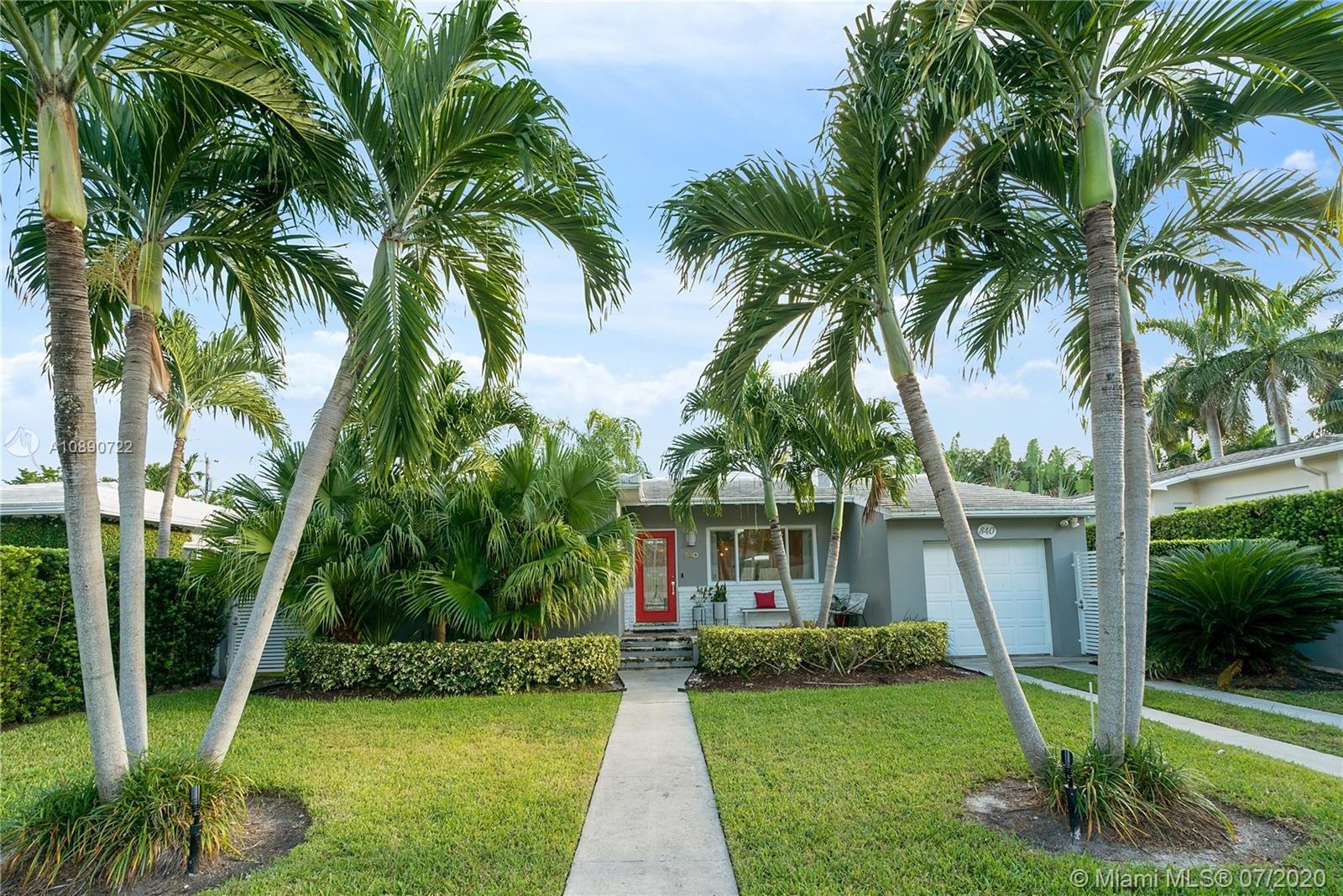 840 NE 75th St  For Sale A10890722, FL