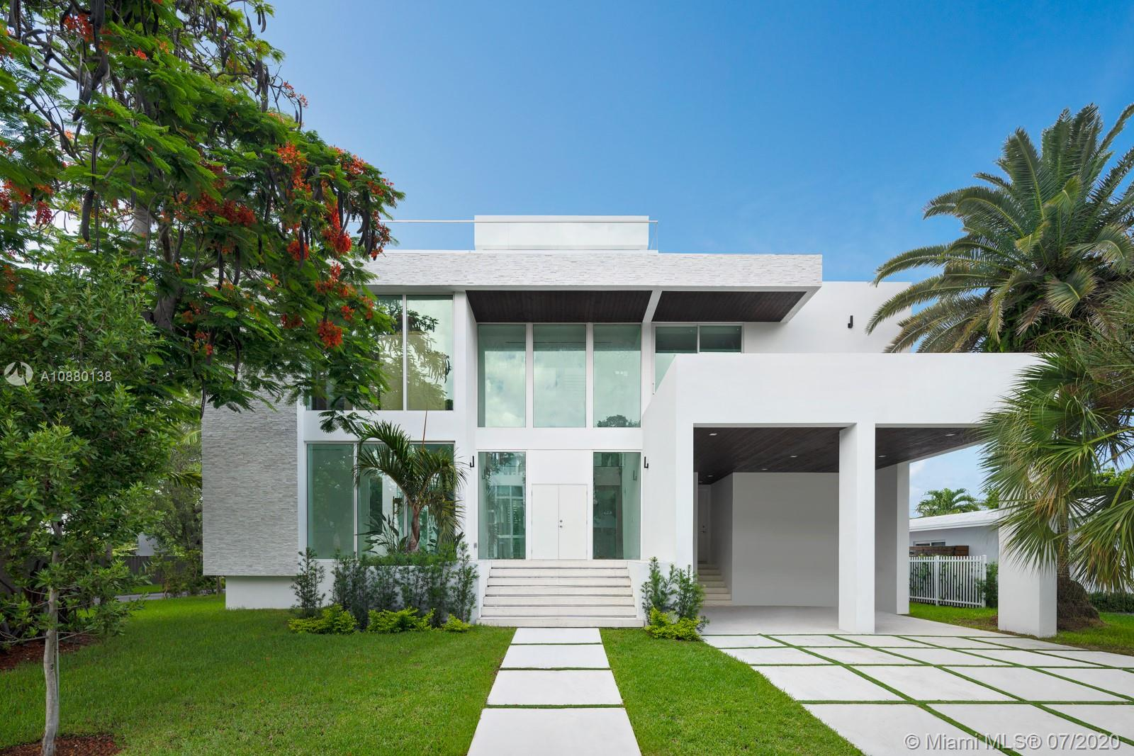 200  Buttonwood Dr  For Sale A10880138, FL