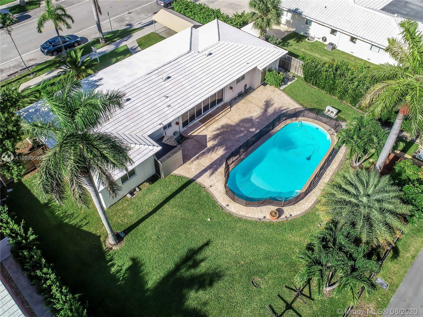 851  Harrison St  For Sale A10890692, FL