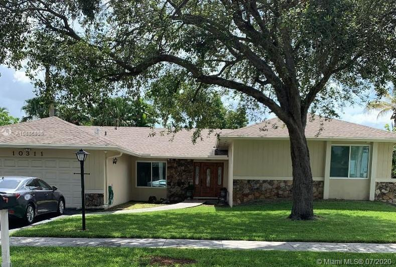10311 SW 116th Ave  For Sale A10886898, FL