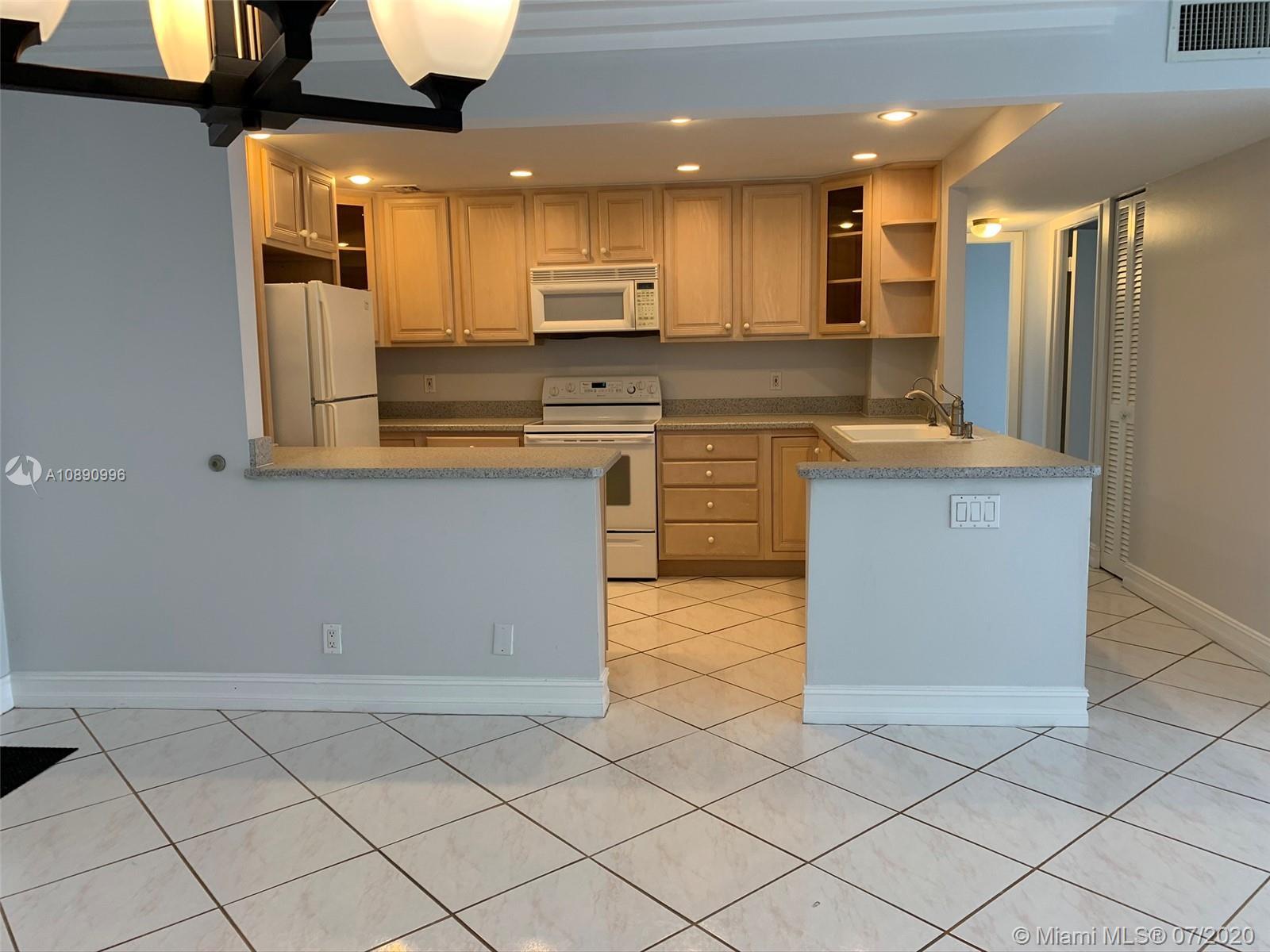 405 N Ocean Blvd 605