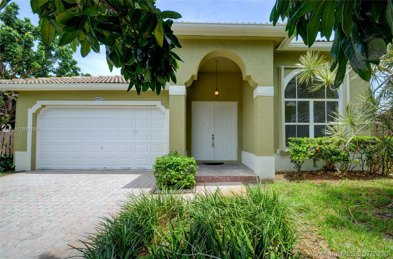 9007 SW 161st Ter  For Sale A10891195, FL