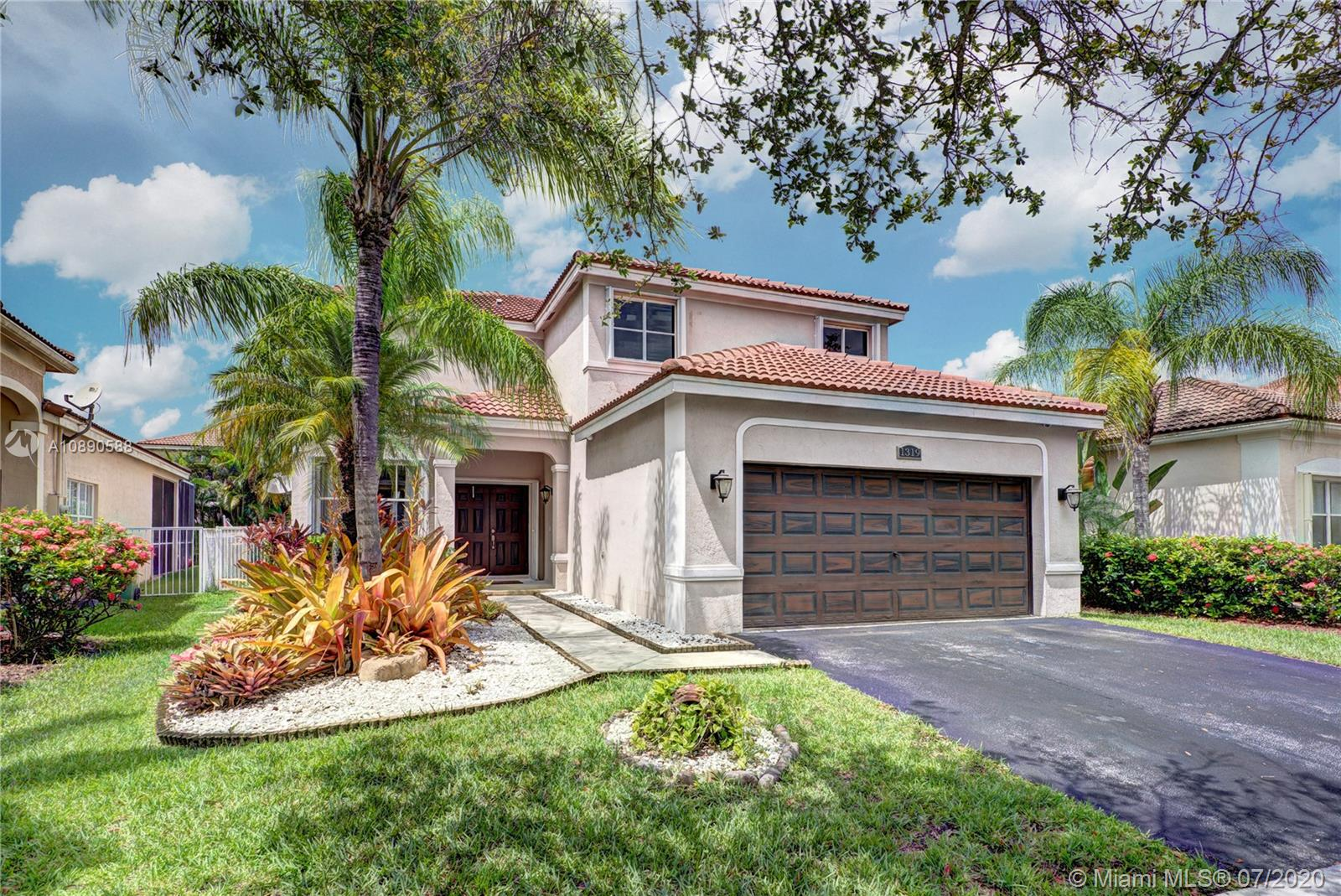 SPECTACULAR AND IMMACULATE 6 BEDROOM, 4.5 BATH HOME IN THE SOUGHT AFTER COMMUNITY OF SAVANNA IN WESTON, FL. THIS HOME FEATURES, NEW NEUTRAL TILE DOWNSTAIRS, LAMINATE FLOORING ON STAIRS AND SECOND FLOOR, RENOVATED KITCHEN, SS APPLIANCES (3 YRS OLD), FLAT FINISH CEILINGS DOWNSTAIRS AND CROWN MOULDING THROUGHOUT THE HOME, CUSTOM BASEBOARDS, ALL 4.5 BATHROOMS COMPLETELY RENOVATED WITH CUSTOM CABINETRY, SINKS AND TILED SHOWERS. SPACIOUS MAIN BEDROOM FEATURING  CUSTOM BUILT WALK IN CLOSETS. FRESHLY RENOVATED BACK YARD, WITH PAVE STONE FLOORING AND ROOM FOR A POOL. NEWER AC AND WATER HEATER. NEW ACCORDION SHUTTERS AND SO MUCH MORE… CLOSE TO SHOPPING, CLEVELAND CLINIC, HIGHWAYS TO AIRPORT, AND TOP SCHOOLS!