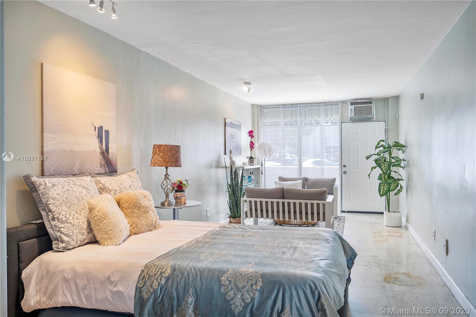 1685  Jefferson Ave #9 For Sale A10891197, FL
