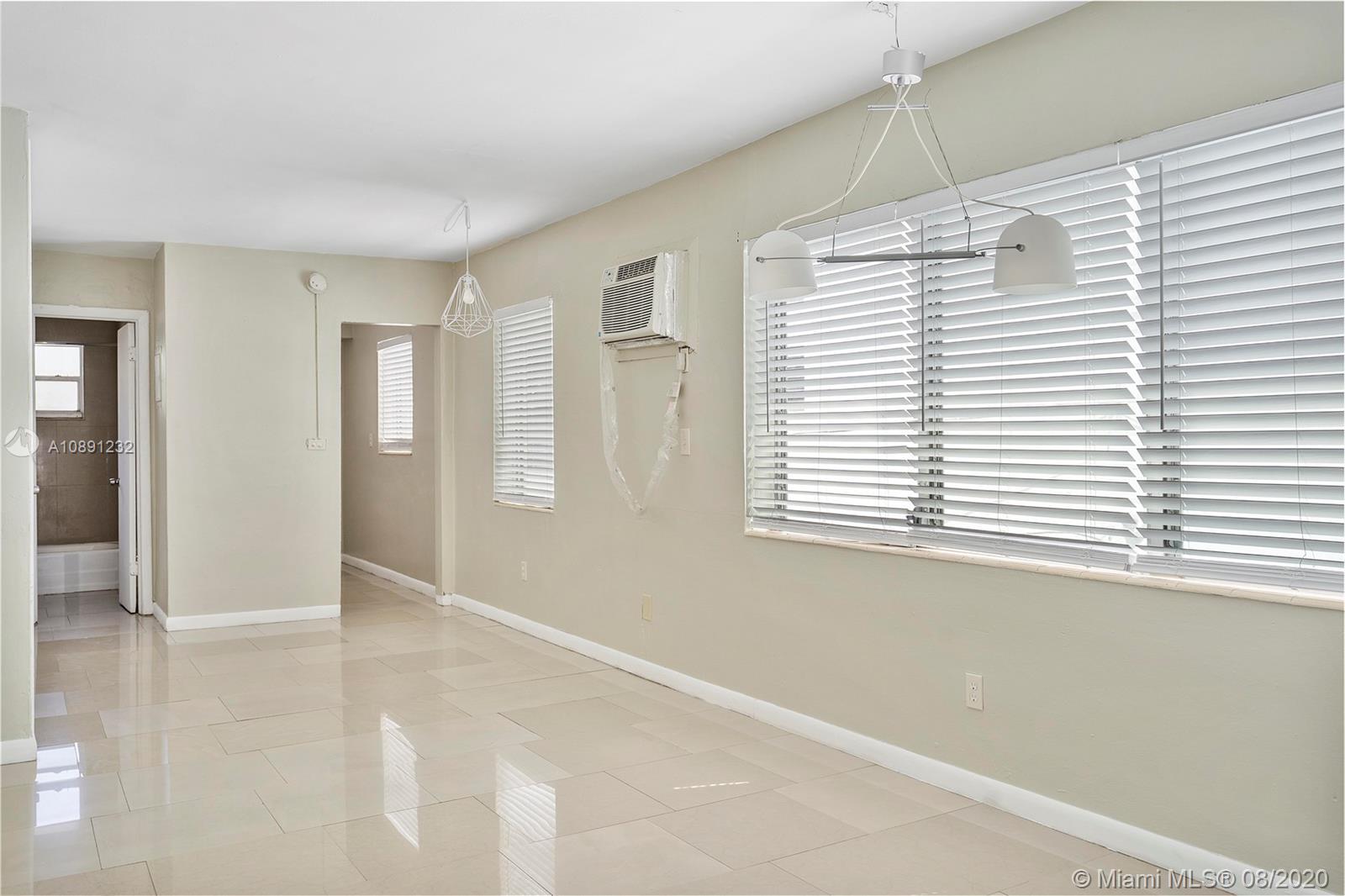 1685  Jefferson Ave #21 For Sale A10891232, FL