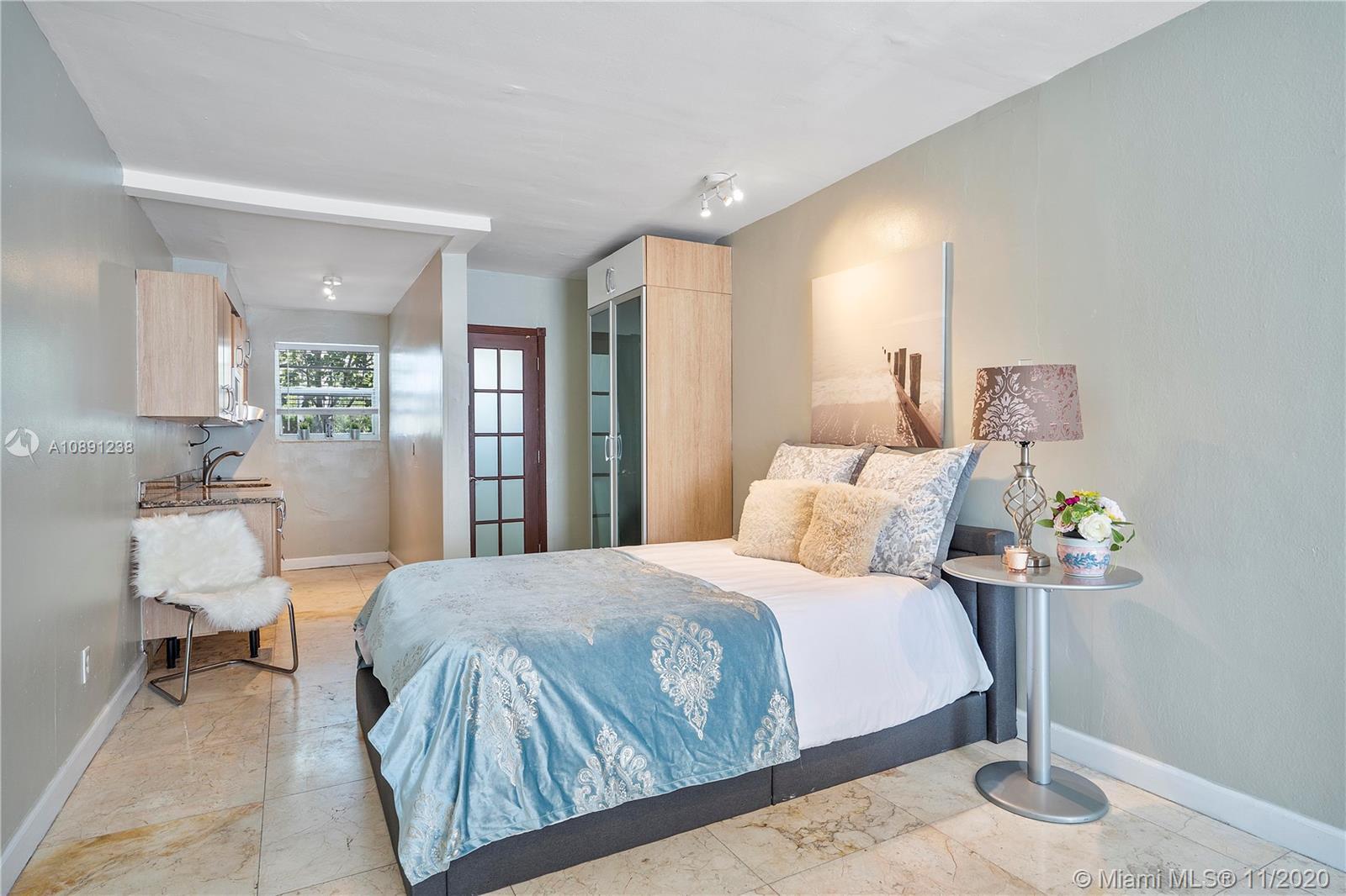 1685  Jefferson Ave #2 For Sale A10891238, FL