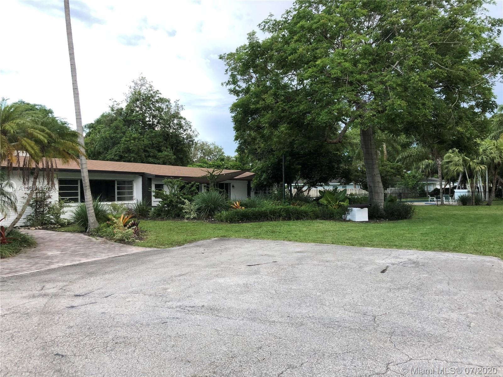 5900 SW 120th St  For Sale A10891257, FL