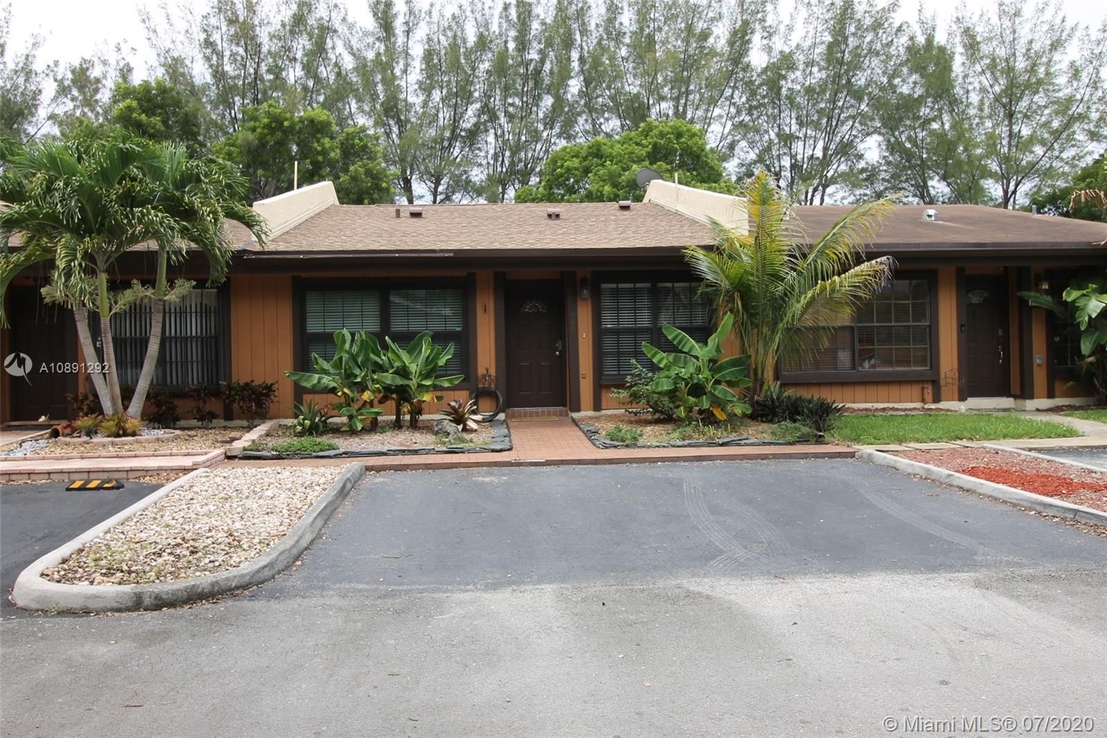 1960  Seagrape Ave  For Sale A10891292, FL
