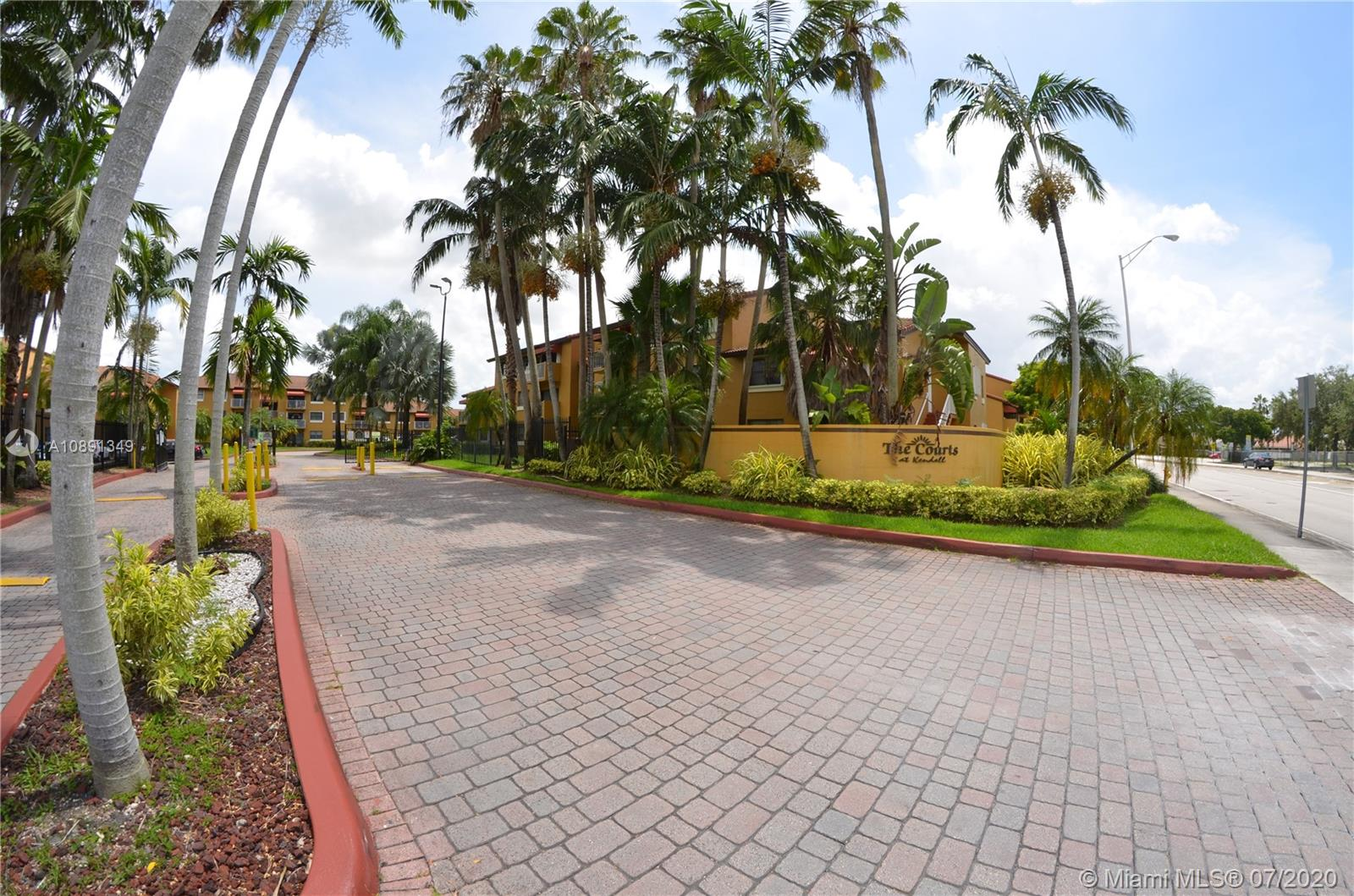 15630 SW 80th St #I-210 For Sale A10891349, FL