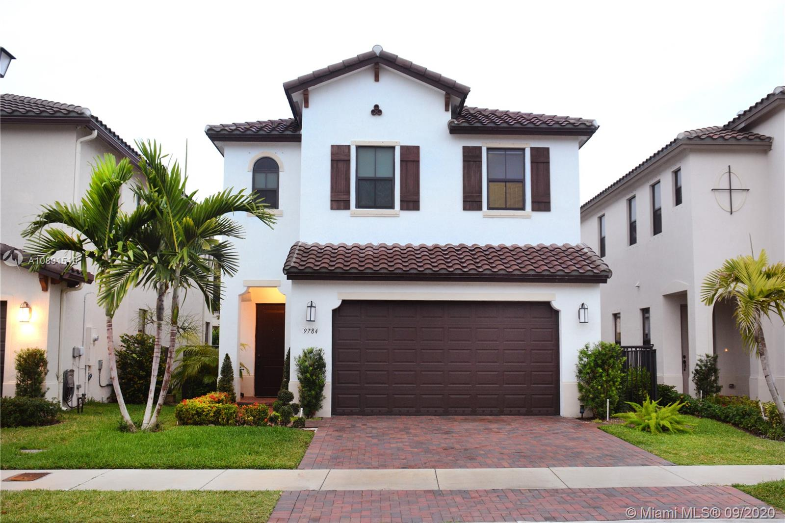 9784 W 34th Ct  For Sale A10891516, FL
