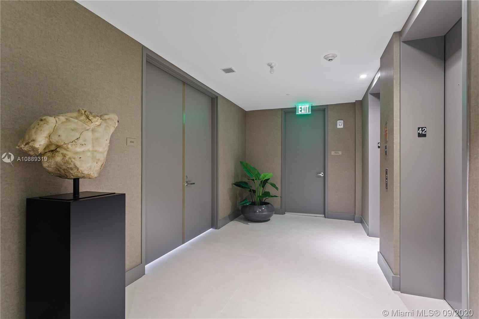 18975  Collins Ave #4200 For Sale A10889319, FL