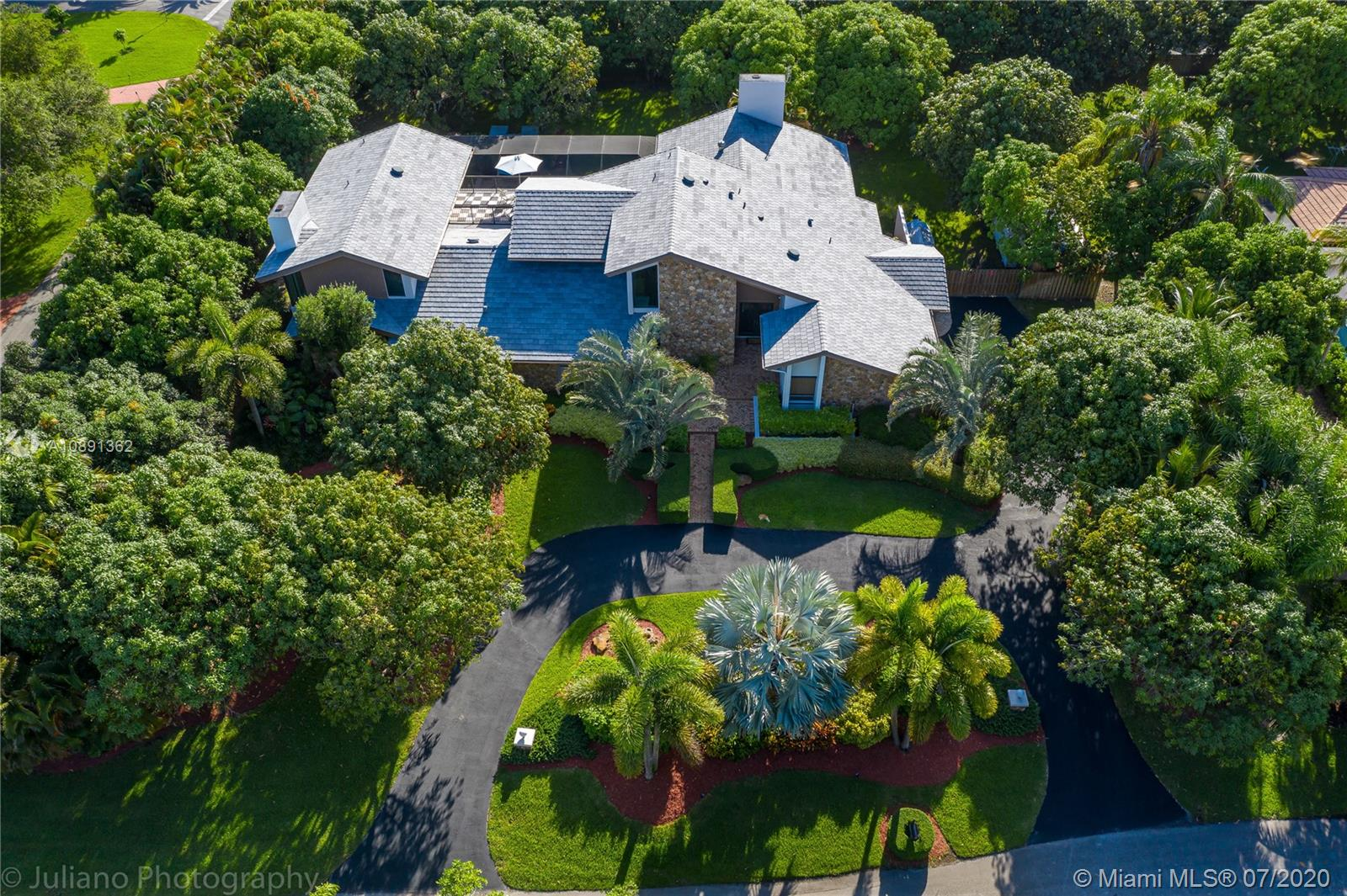11780 SW 90th Ave  For Sale A10891362, FL