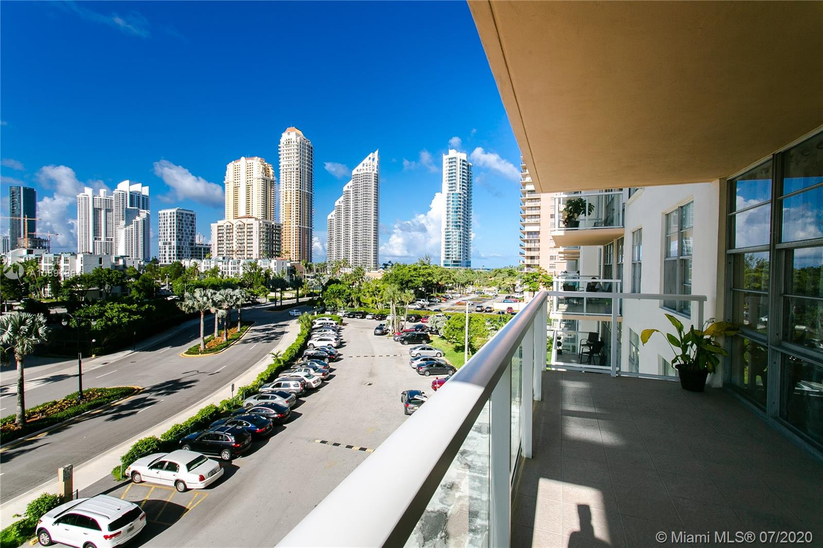 230  174th St #509 For Sale A10891864, FL