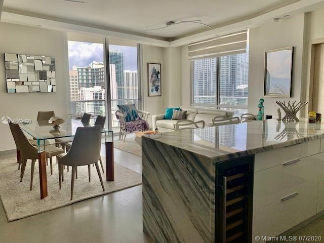 1010 SW 2nd Ave #LPH03 For Sale A10891793, FL