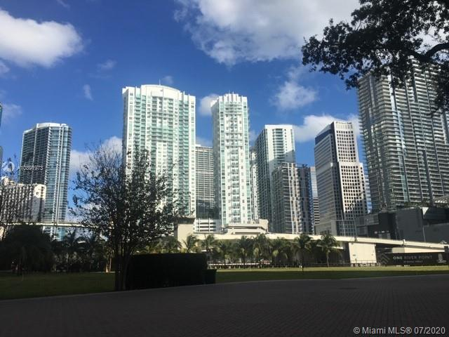 31 SE 5th St #3912 For Sale A10891973, FL