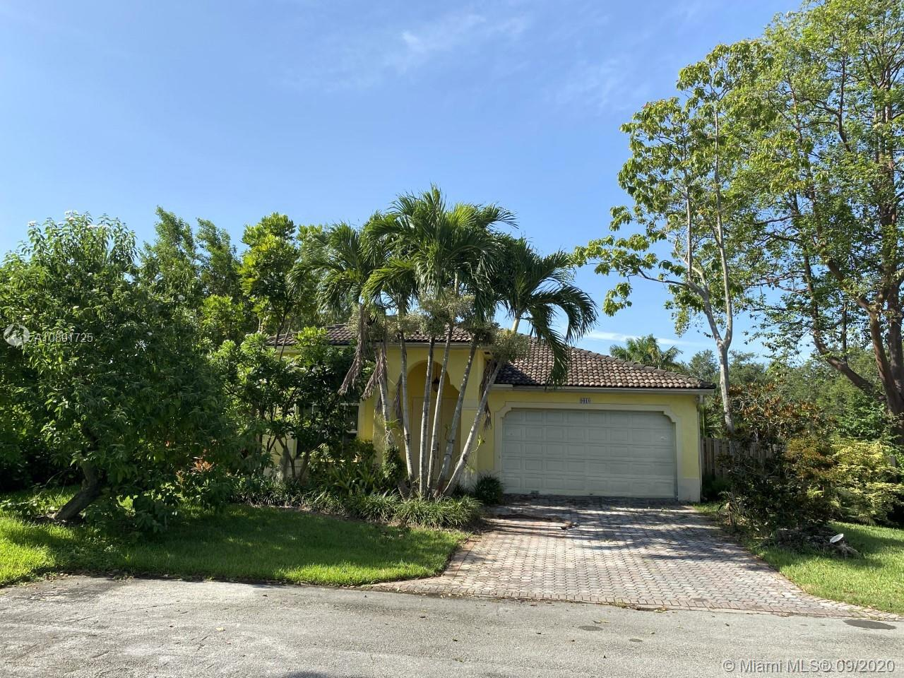 9010 SW 162nd St  For Sale A10891725, FL