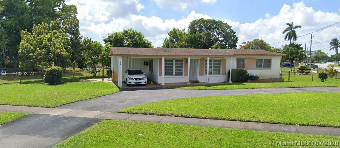 BEAUTIFUL CORNER SINGLE FAMILY HOME FEATURING 3 BEDS 2 BATHS, STAINLESS STEEL APPLIANCES, QUARTZ COUNTER-TOP, WASHER & DYER AND VINYL FLOORS THROUGHOUT. CONVENIENTLY LOCATED NEAR MAJOR ROADS/HIGHWAYS, SHOPPING , PARKS AND MUCH MORE.