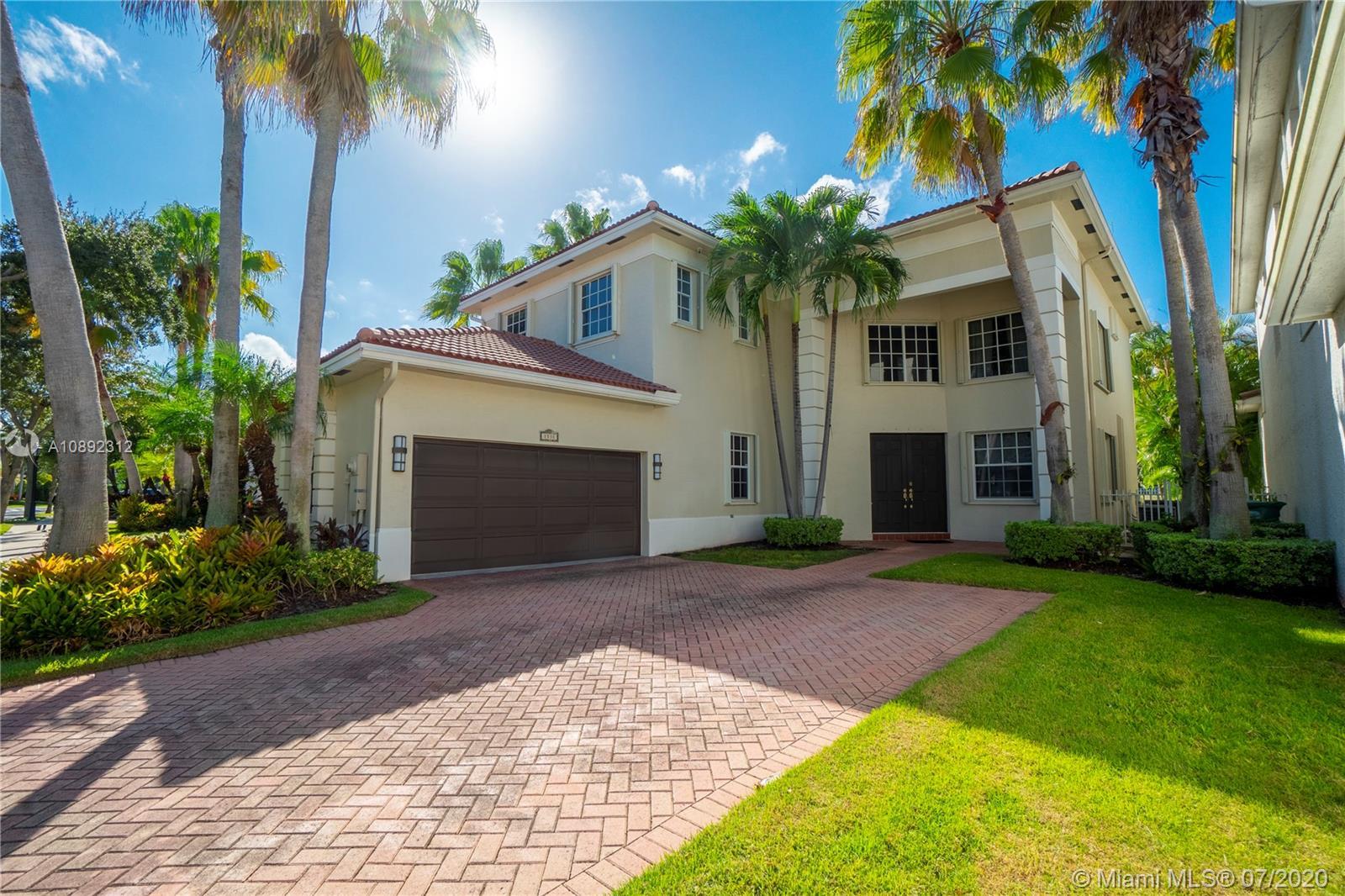 1531 NE 194th St  For Sale A10892312, FL