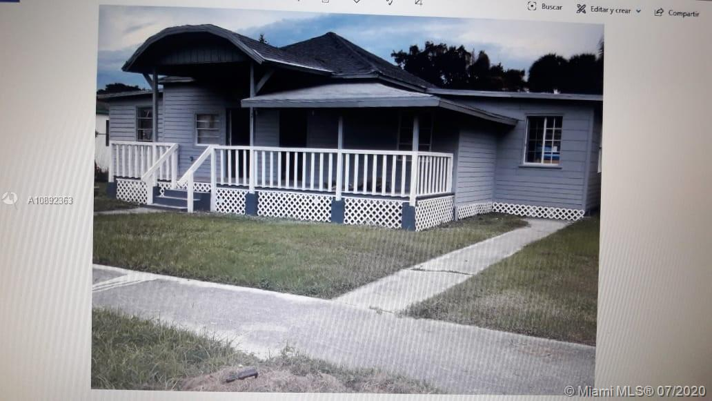 132  11th N St  For Sale A10892363, FL
