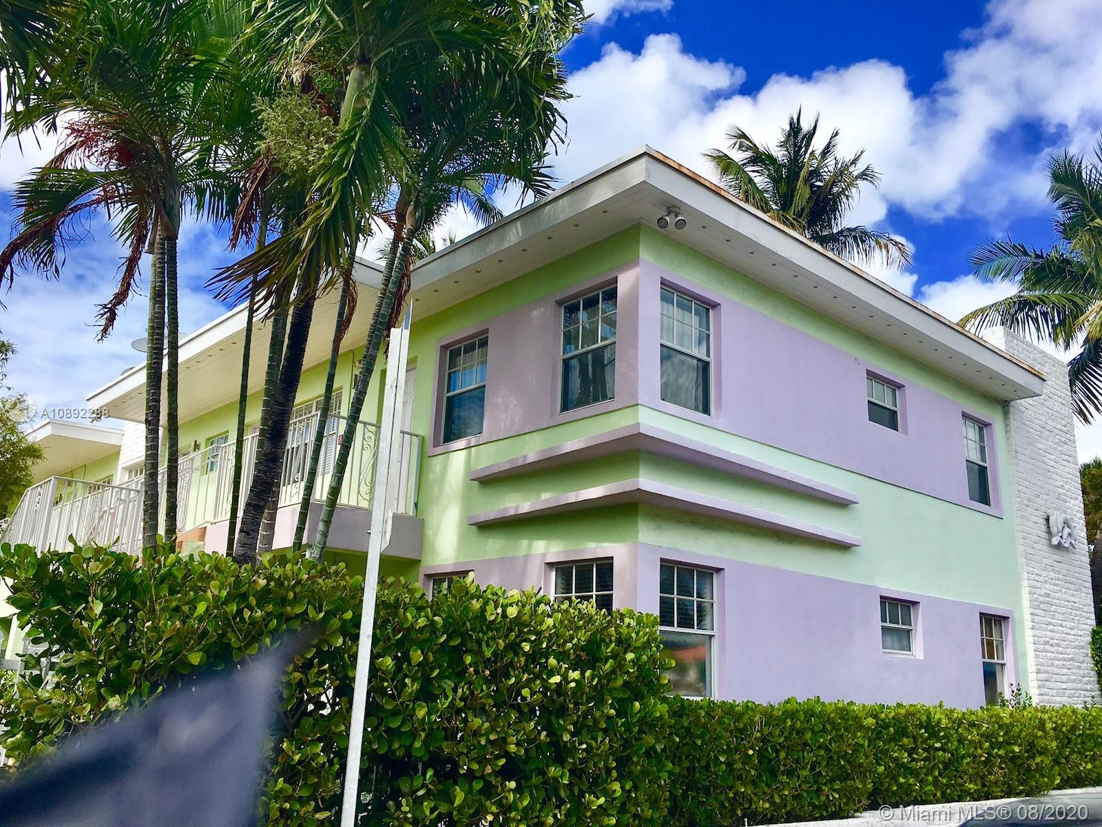 915  8th St #202 For Sale A10892288, FL