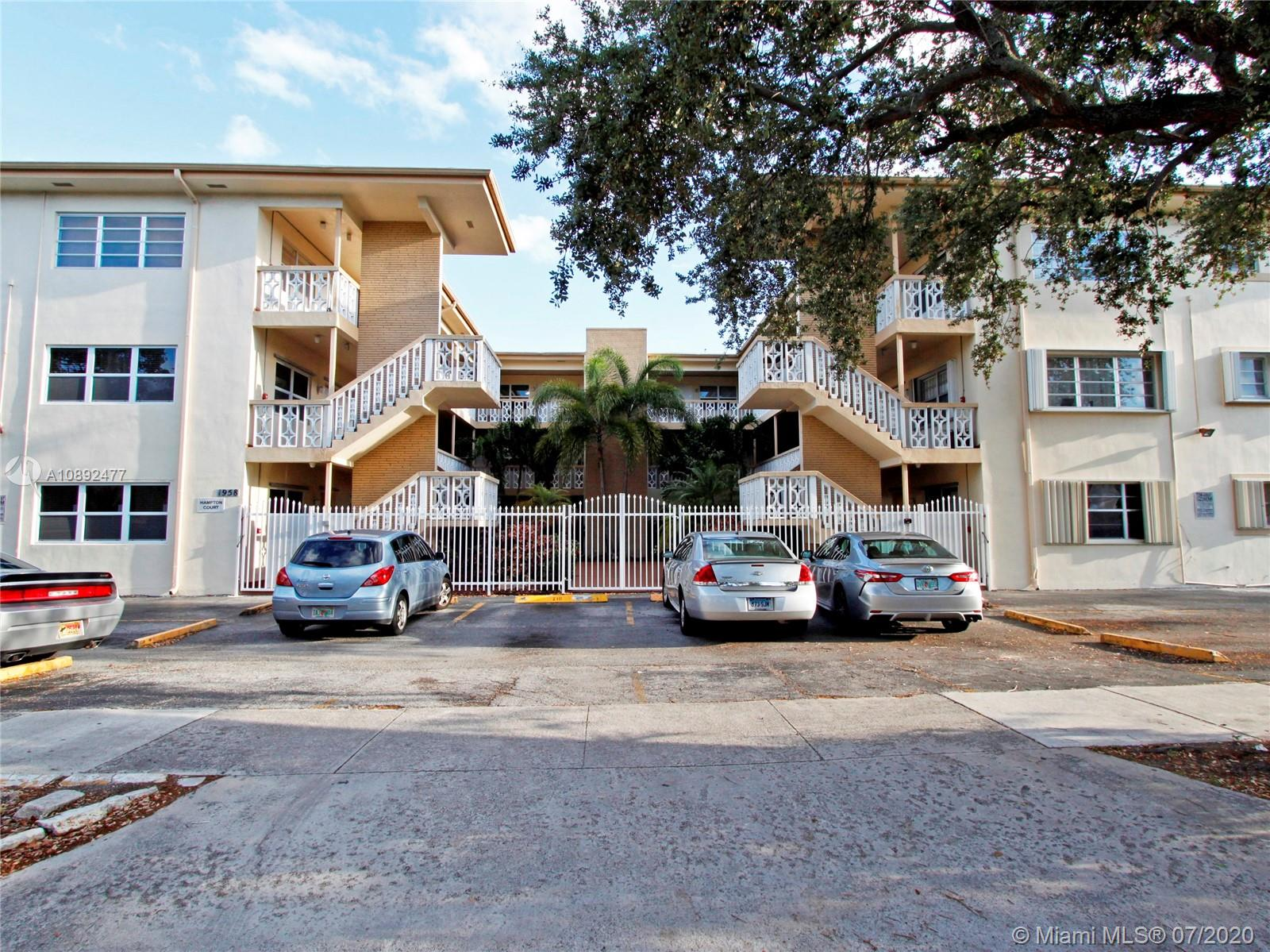 1958  Monroe St #302 For Sale A10892477, FL