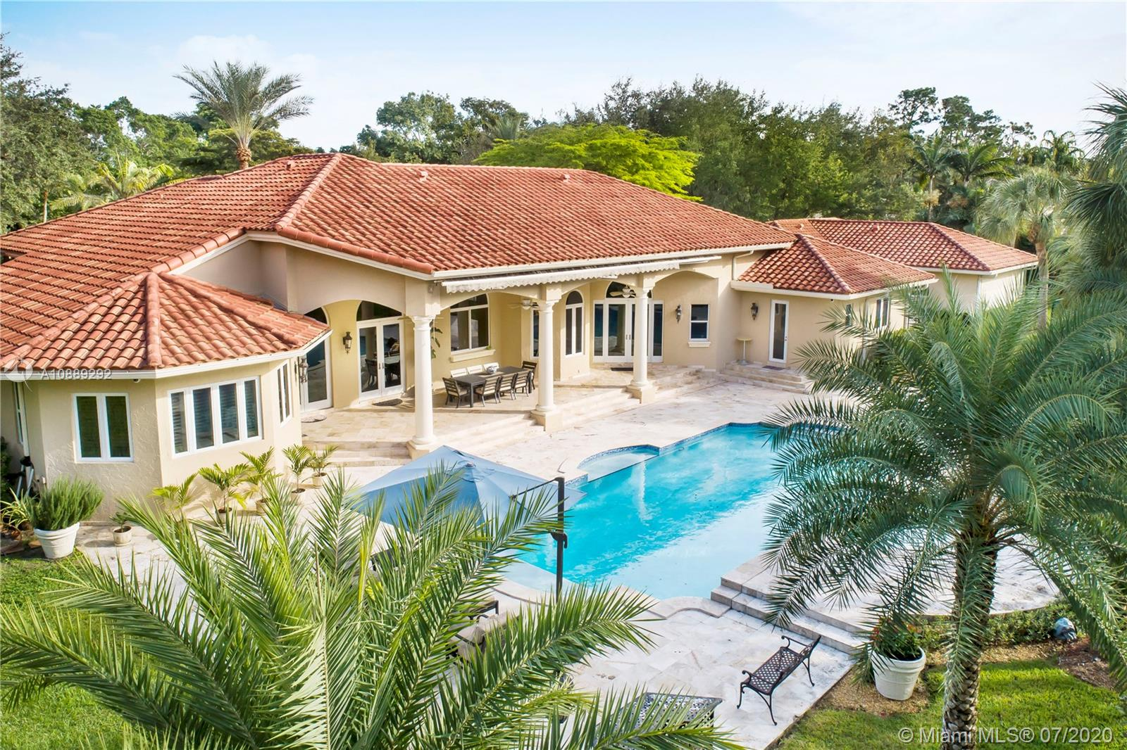 10050 SW 62nd Ave  For Sale A10889292, FL