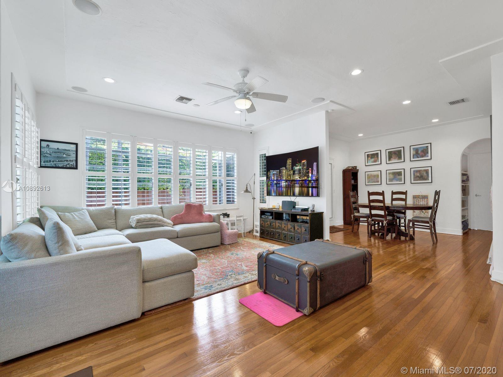 751 W 51st St  For Sale A10892613, FL