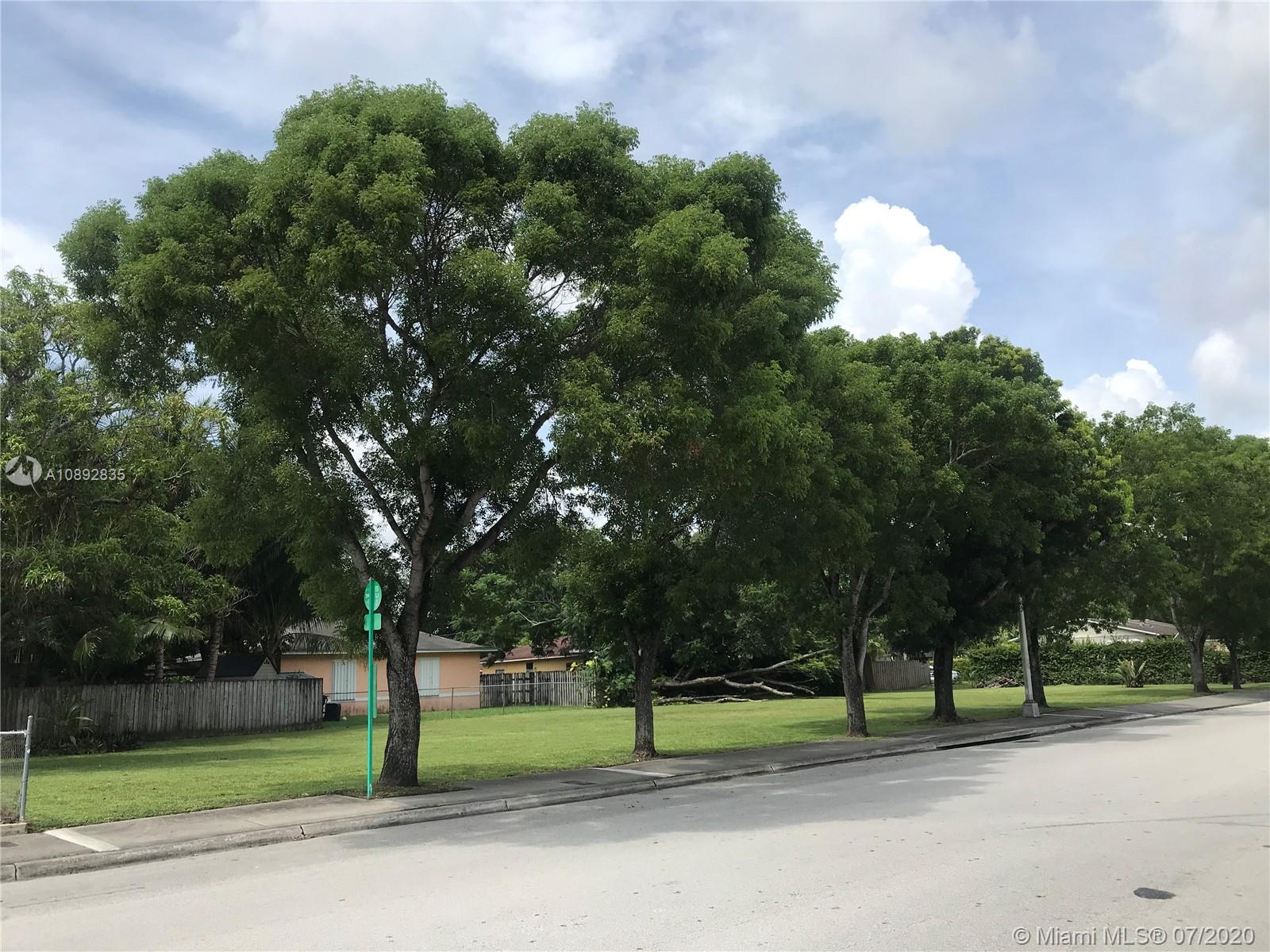6020 SW 64 St  For Sale A10892835, FL