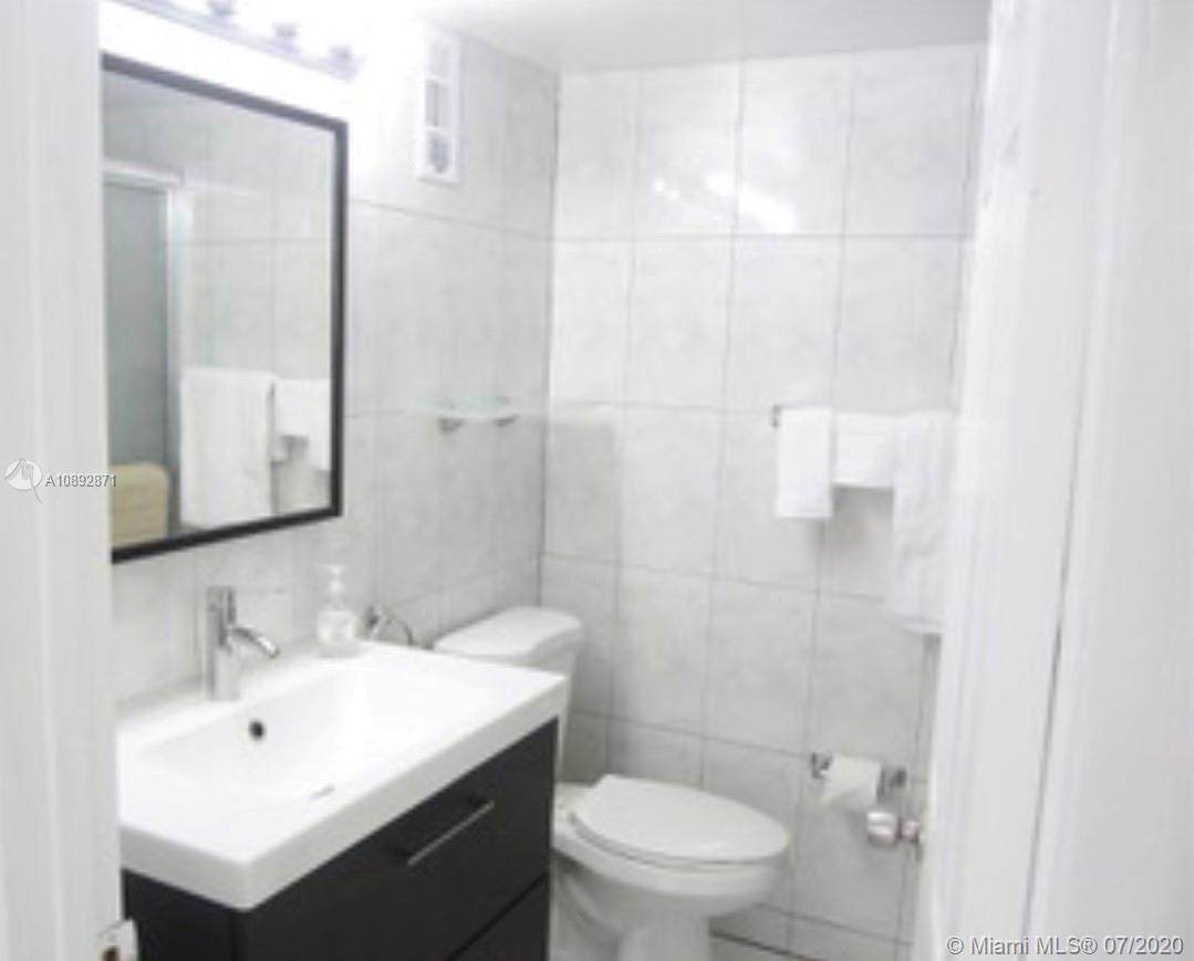 710  Washington Ave  For Sale A10892871, FL
