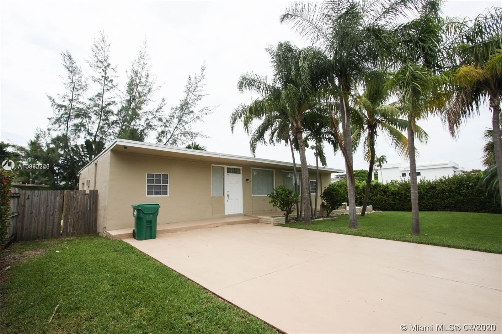332  189th St  For Sale A10892226, FL