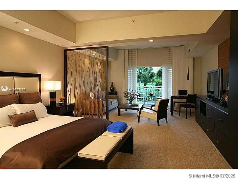 5300 NW 87th Ave #802 For Sale A10893203, FL