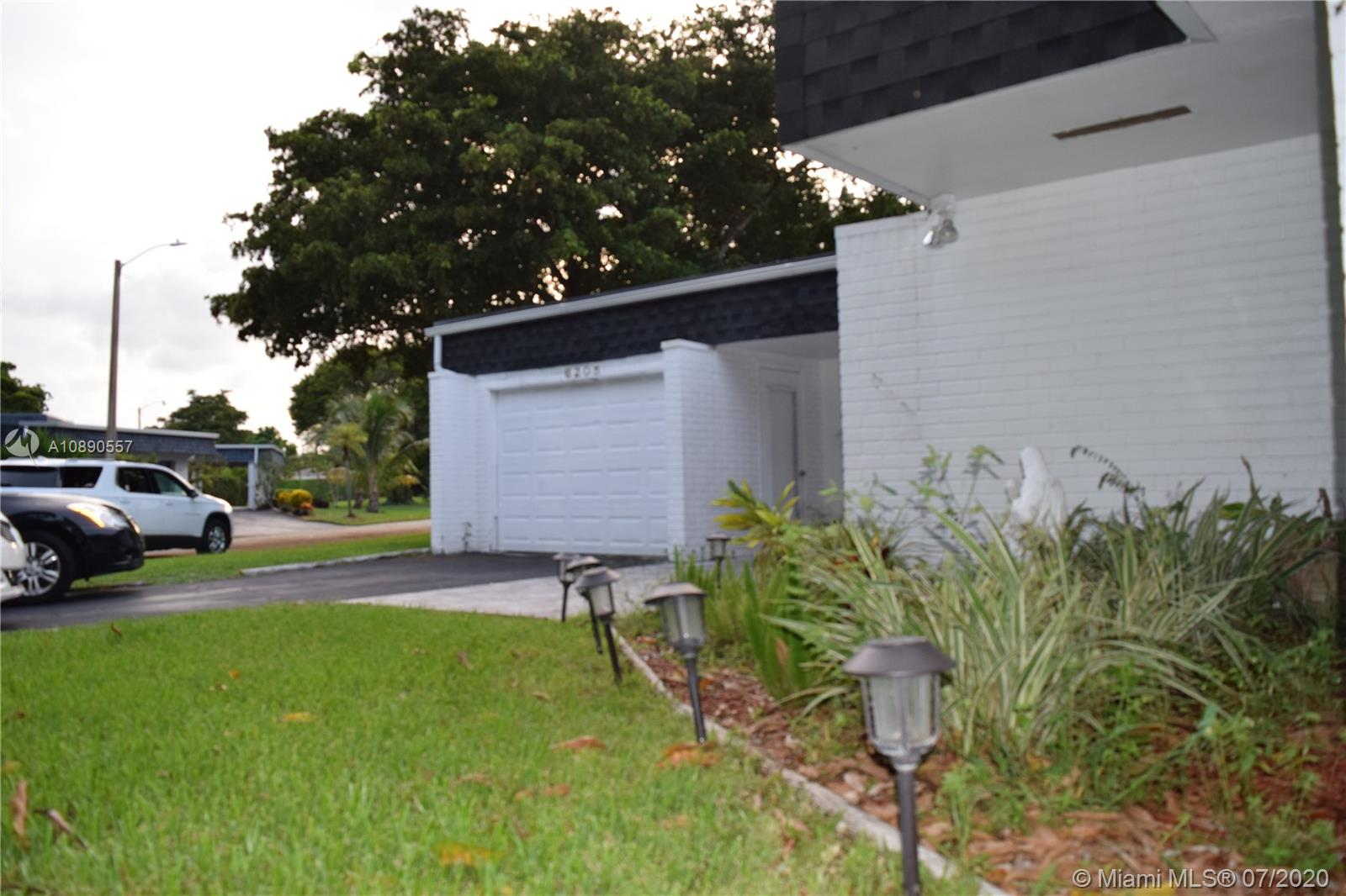 Undisclosed For Sale A10890557, FL