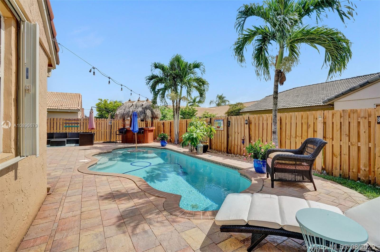 5940  Epsom Ln  For Sale A10890679, FL
