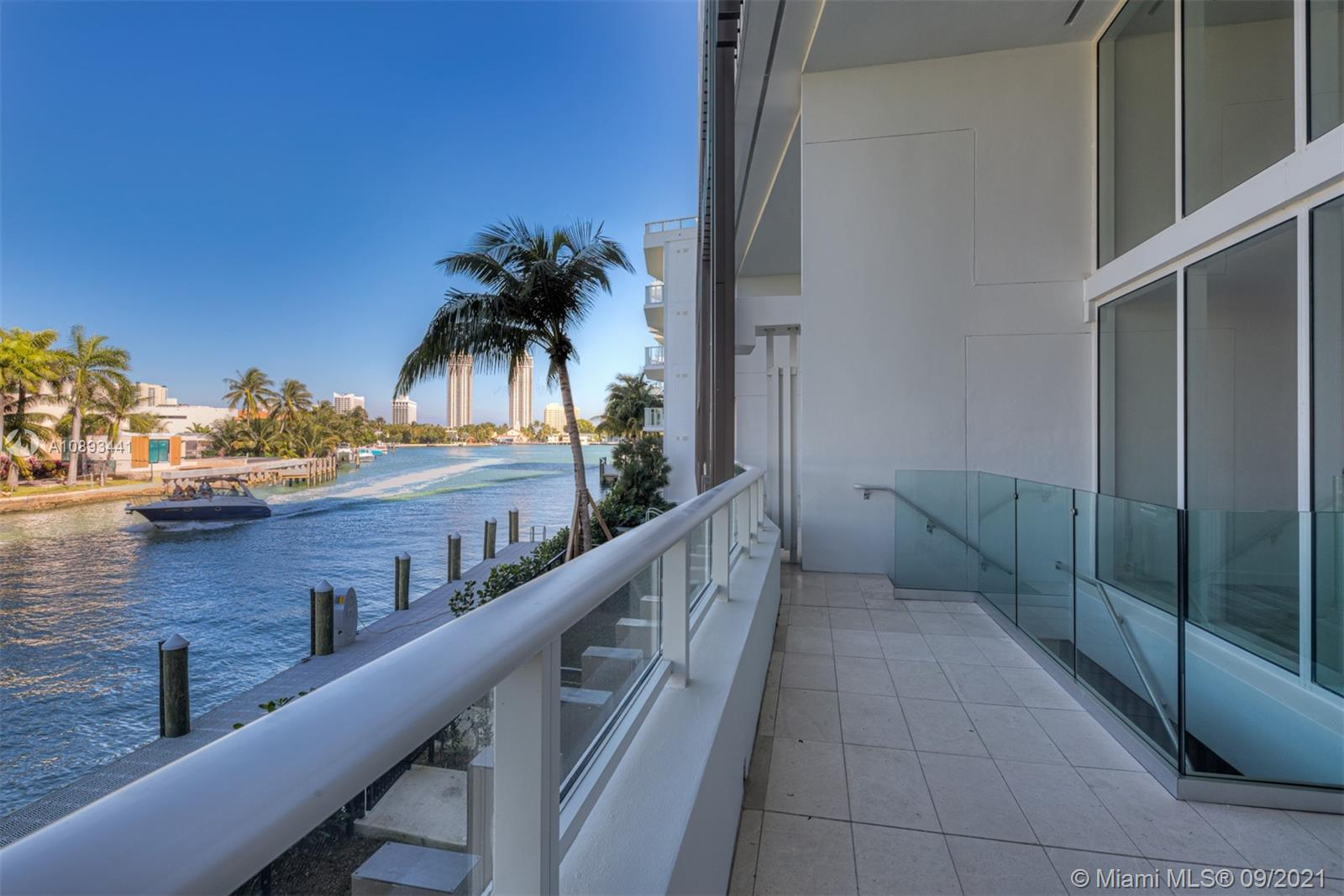 4701  Meridian ave #222 For Sale A10893441, FL
