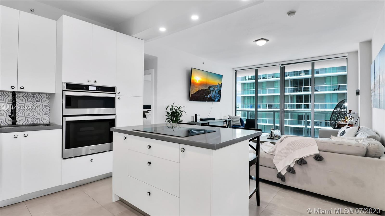 79 SW 12th St #3408-S For Sale A10892087, FL