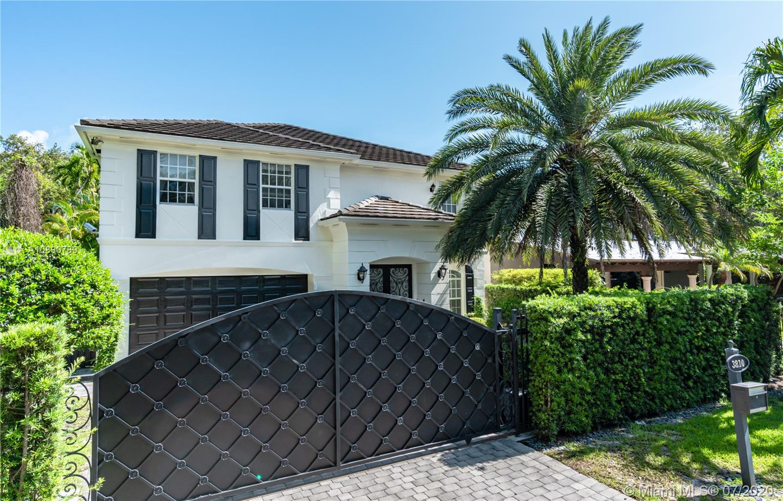 3810  Loquat Ave  For Sale A10890789, FL