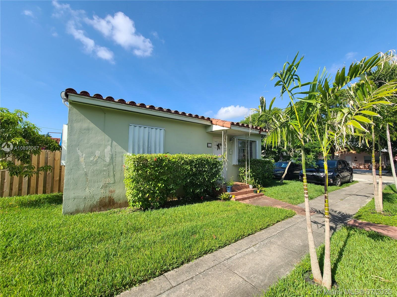 2941 SW 36 Ct  For Sale A10893057, FL