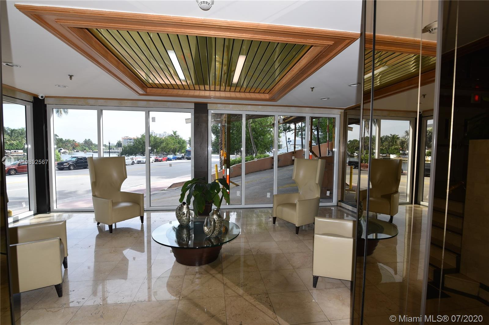 2401  Collins Ave #810 For Sale A10892567, FL
