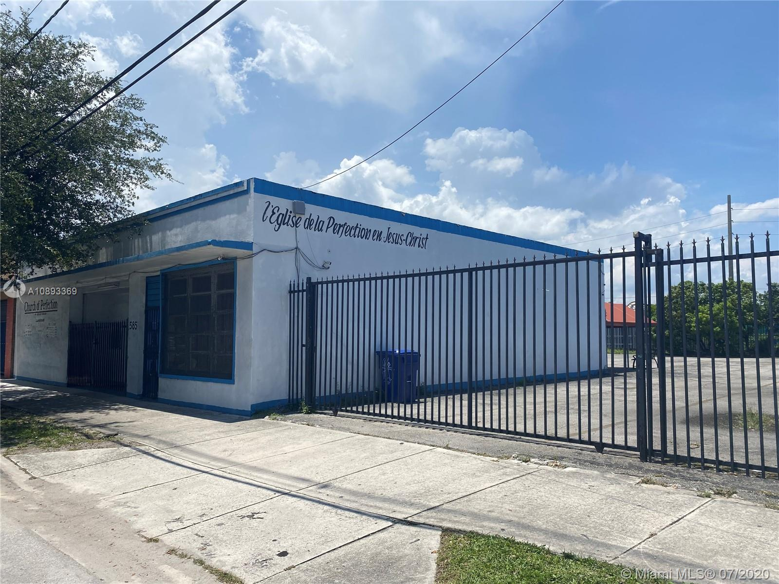585 NW 71st St  For Sale A10893369, FL