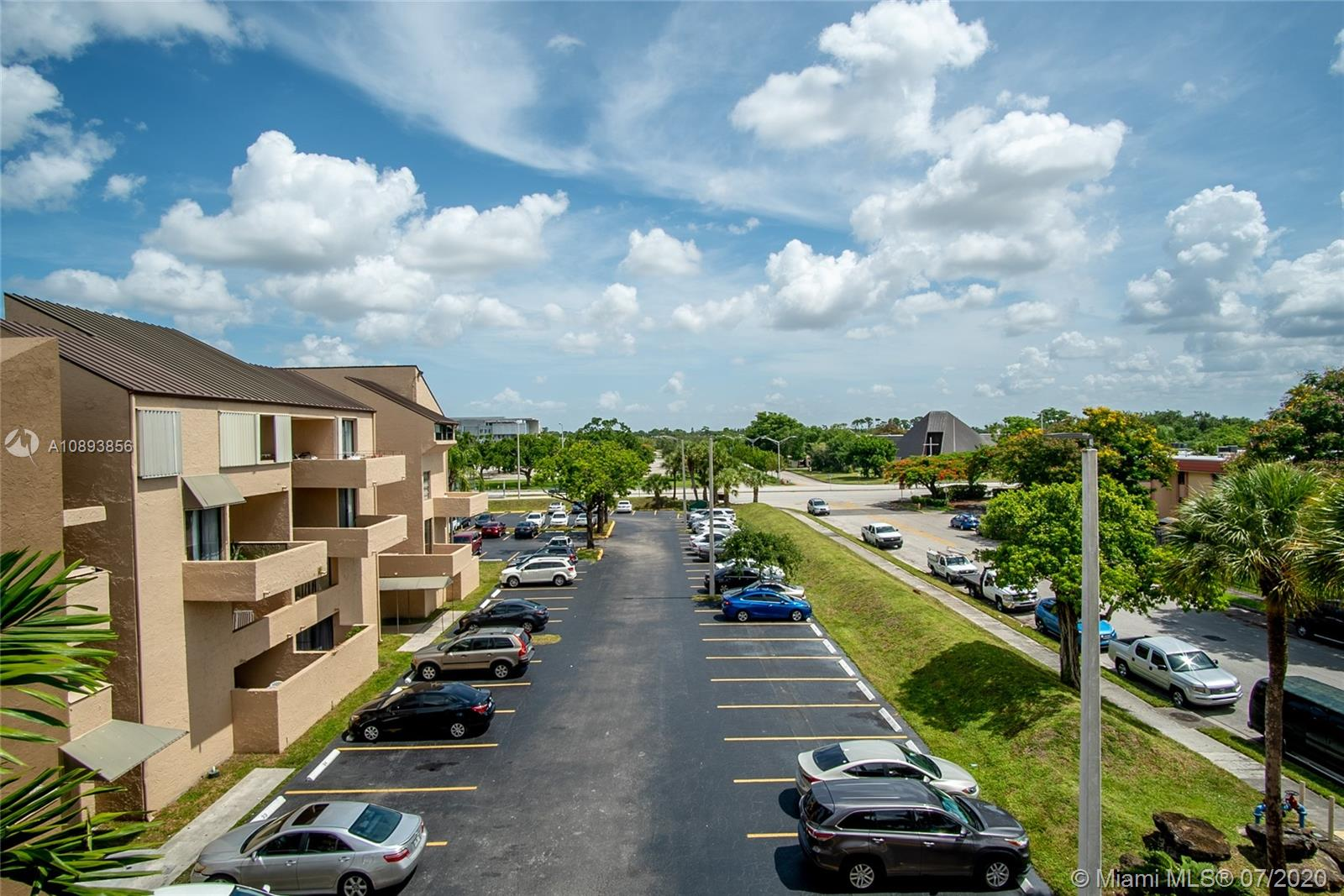 10500 SW 108th Ave #B404 For Sale A10893856, FL