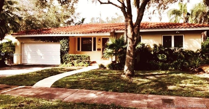 921  Placetas Ave  For Sale A10894383, FL