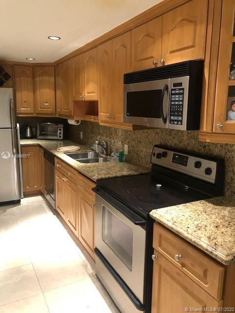 10185  Collins Ave #423 For Sale A10893377, FL