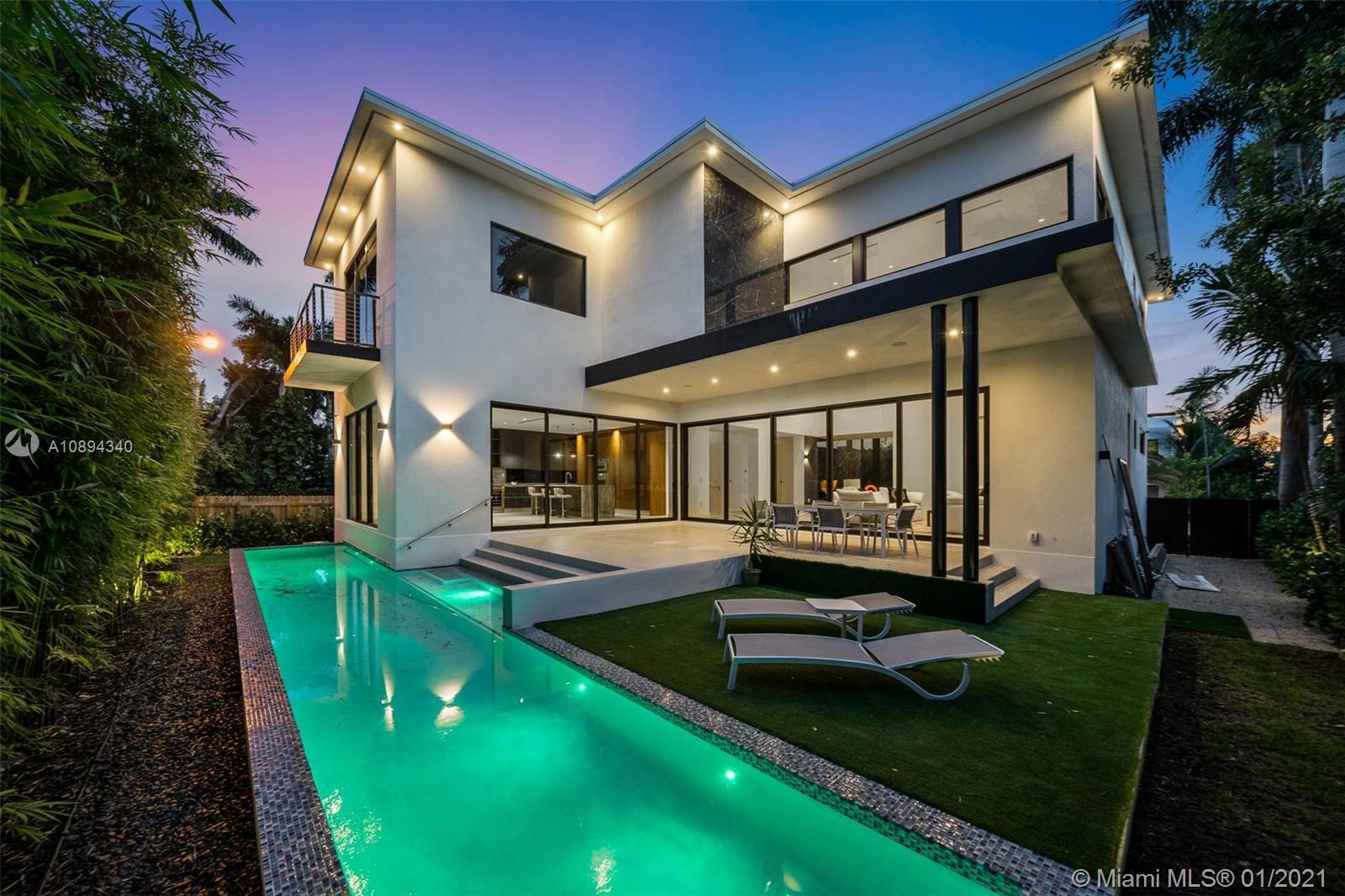 7801  Miami View Dr  For Sale A10894340, FL