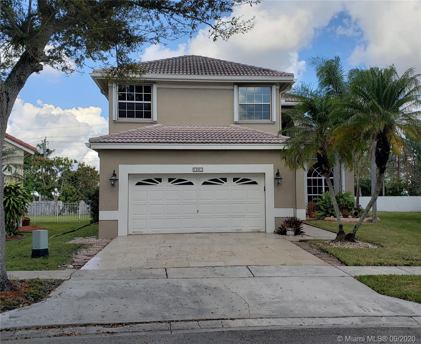 5 Bedroom 3 Full Bath Pool Home in Southwest Broward.  2 story home features a ground level full bathroom and bedroom. This oversized lot offers plenty of space for the puppy and kids to run around.  Rolling Hurricane shutters on ALL windows.  HOA Covers Basic cable and internet.  Come see the property today!