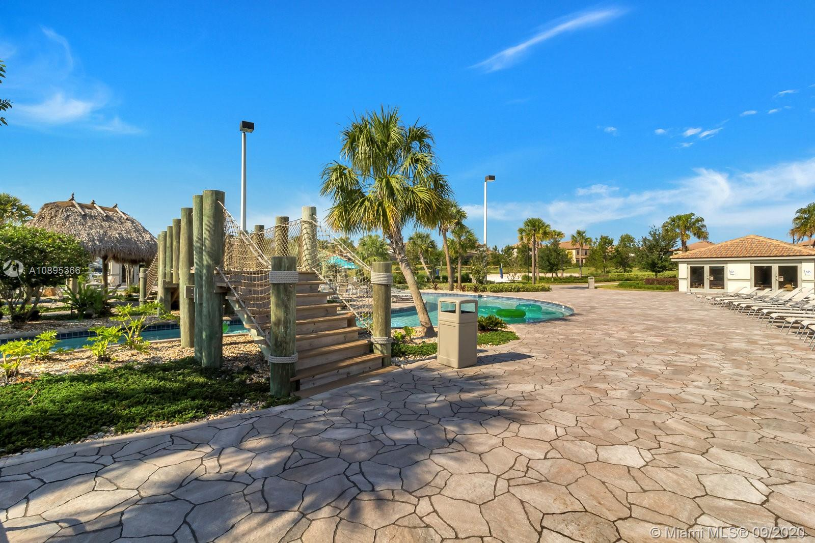 1565  Plunker Dr #1565 For Sale A10895366, FL