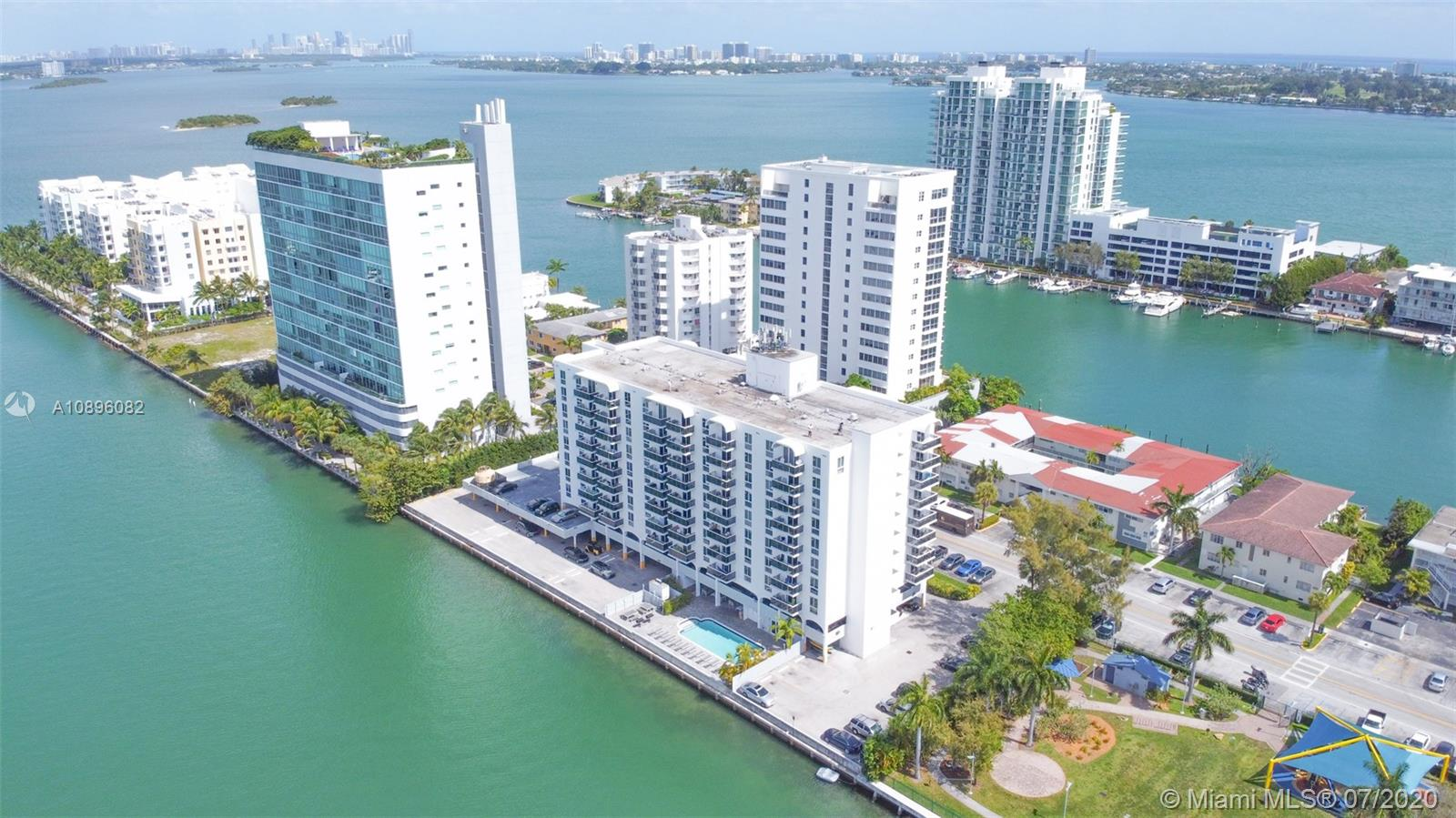 7928  West Dr #405 For Sale A10896082, FL
