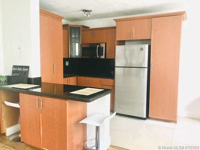 7928  Harding Ave #7 For Sale A10896095, FL