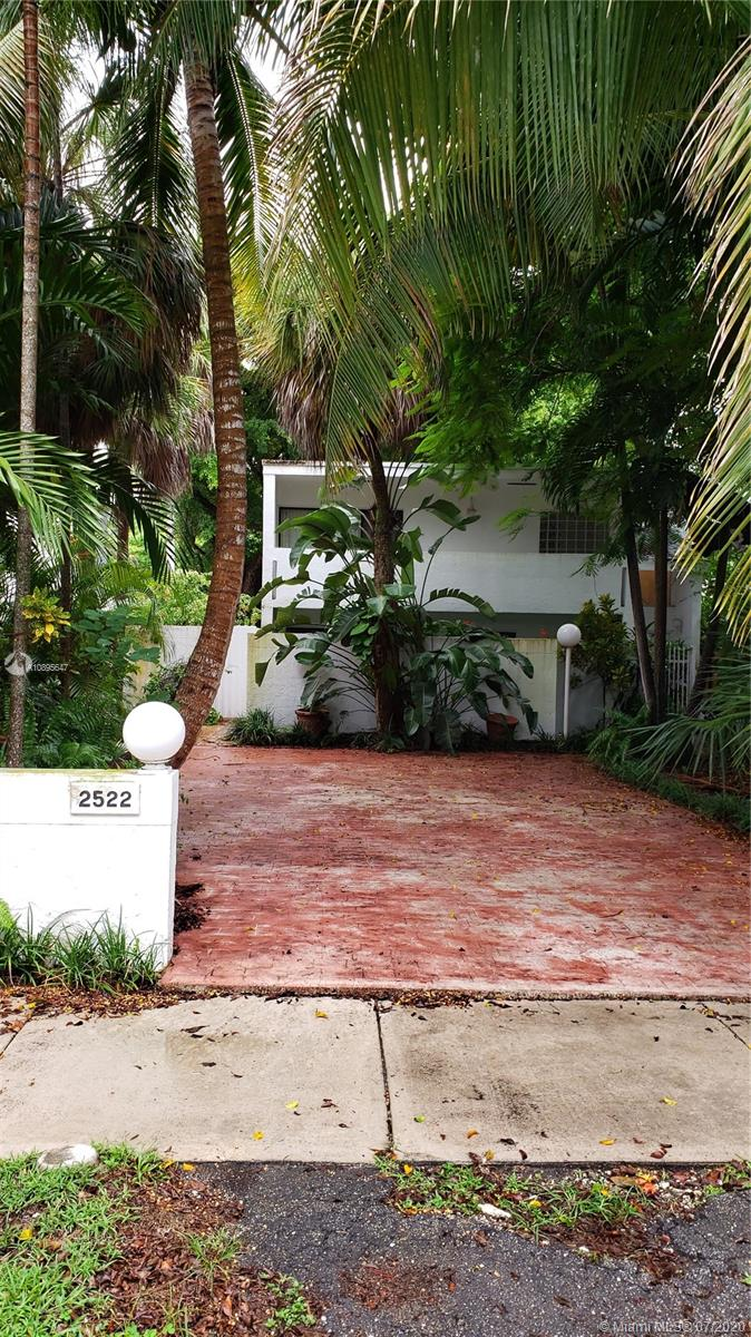 2522  Lincoln Ave  For Sale A10895647, FL