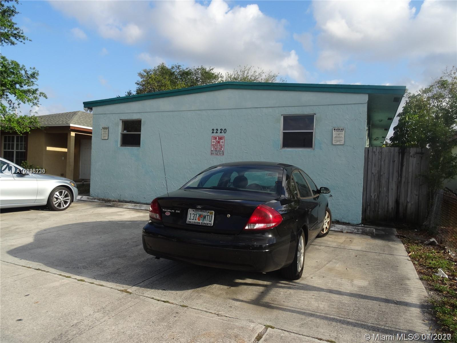 2220  Charleston St  For Sale A10896238, FL
