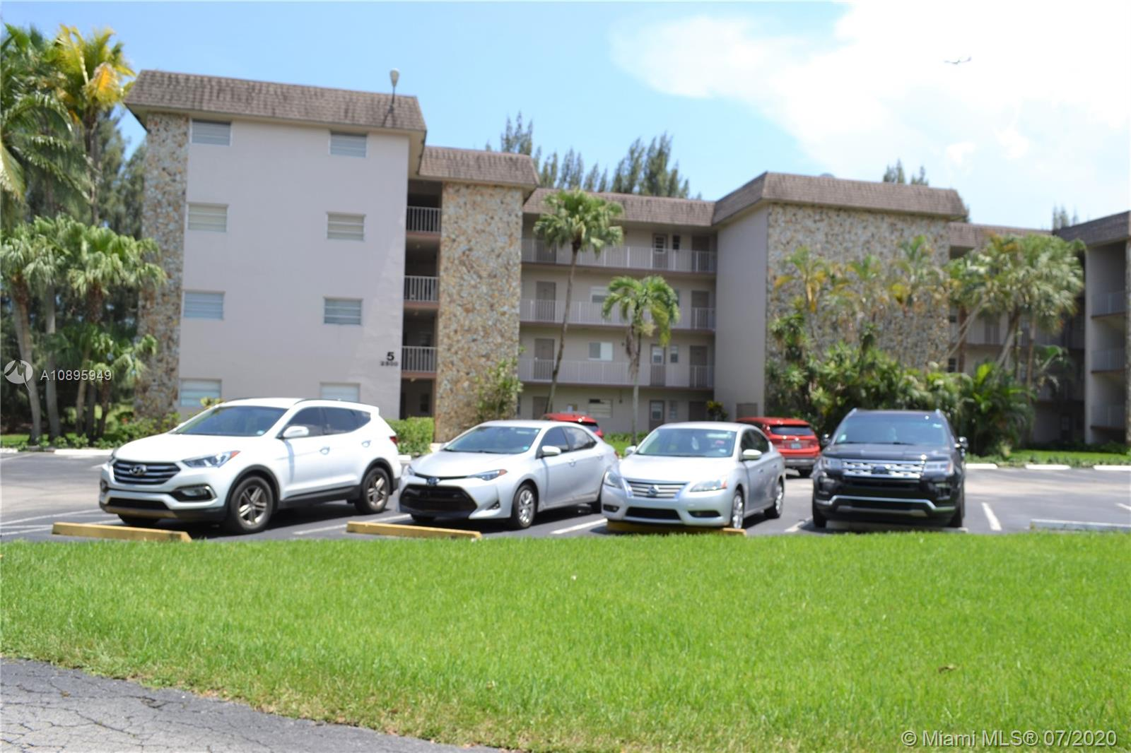 2500 SW 81st Ave #302 For Sale A10895949, FL